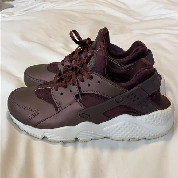 Nike Shoes   Air Huarache Sneakers